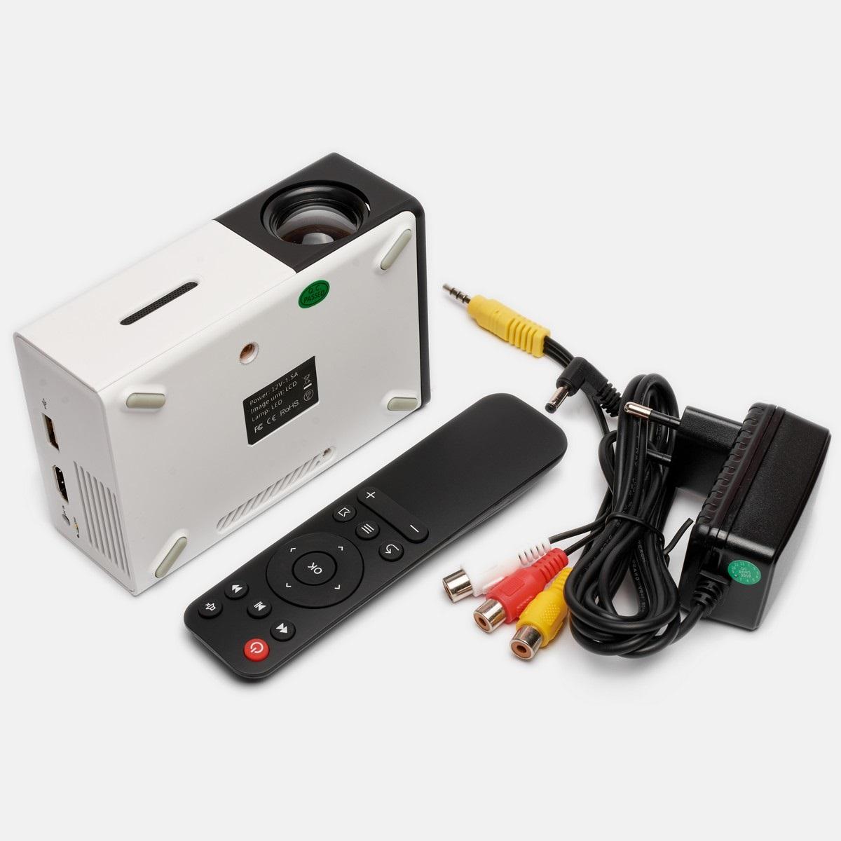 Портативный проектор Led Projector YG300