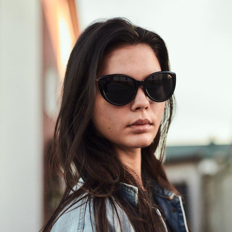 Брендовые женские солнцезащитные очки Сardeo CR004 с поляризацией